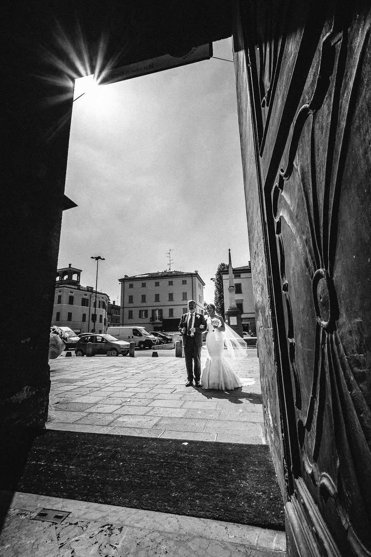 matrimonio-chiesa-sassuolo-ingresso-sposa-francesco-ferrarini