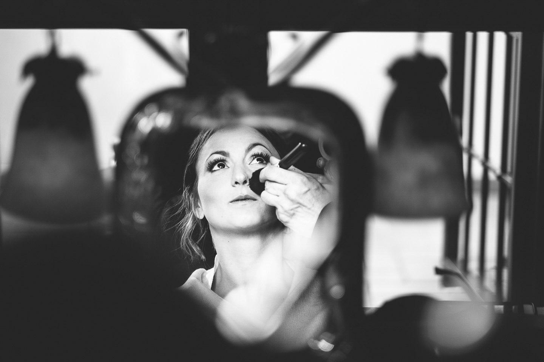 Fotografo-matrimoni-Sassuolo-preparazione-sposa-Francesco-Ferrarini-Studio