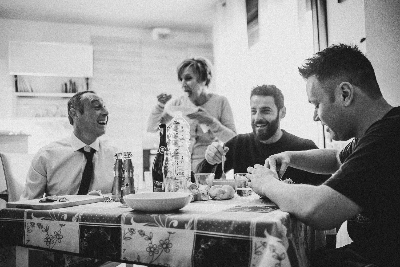 Preparazione-sposo-Francesco-Ferrarini-studio-fotografo-modena