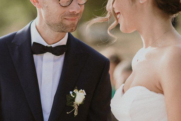 fotografo-matrimonio-monte-gesso-cerimonia-civile-scambio-anelli-francesco-ferrarini