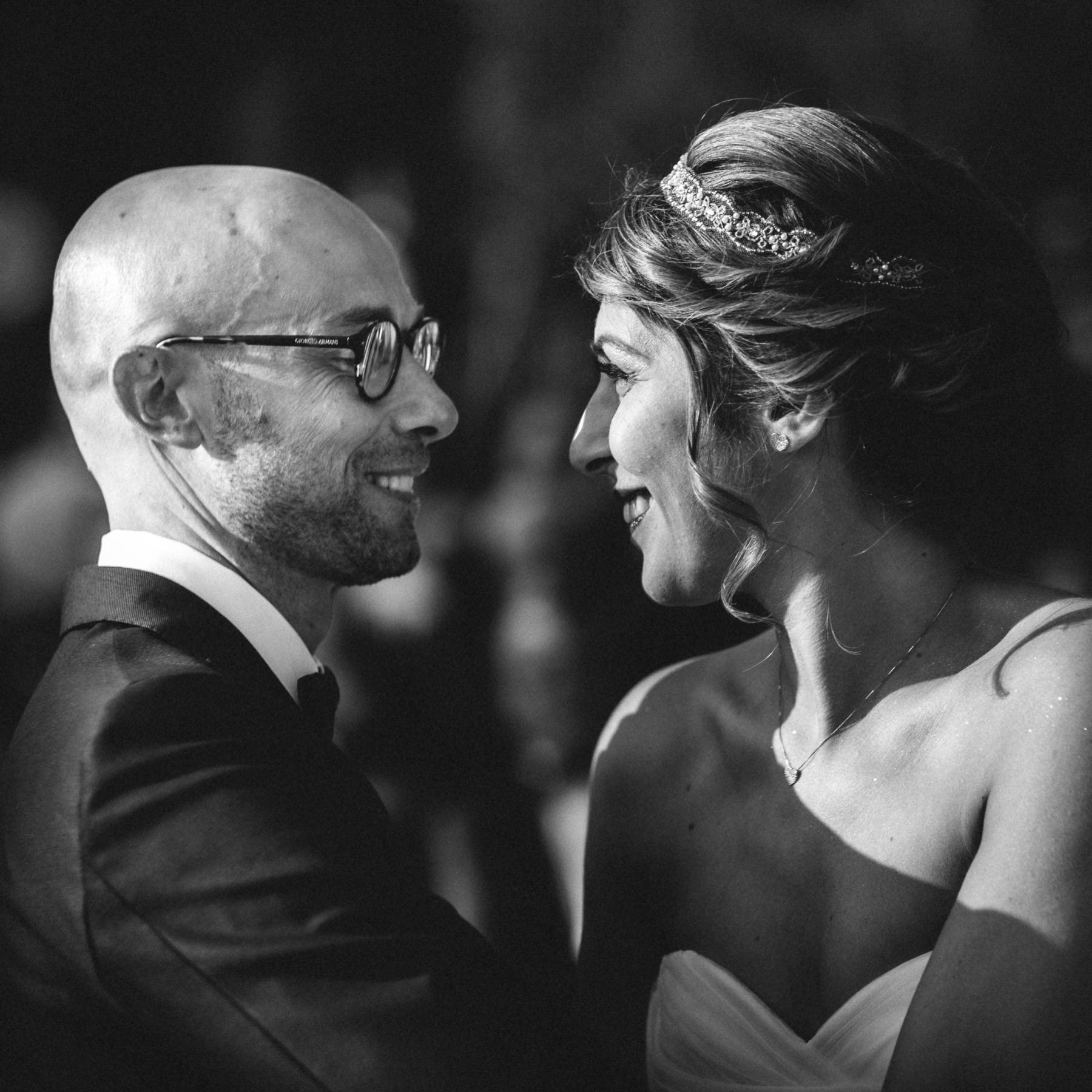 fotografo-matrimonio-monte-gesso-cerimonia-civile-sguardi-francesco-ferrarini