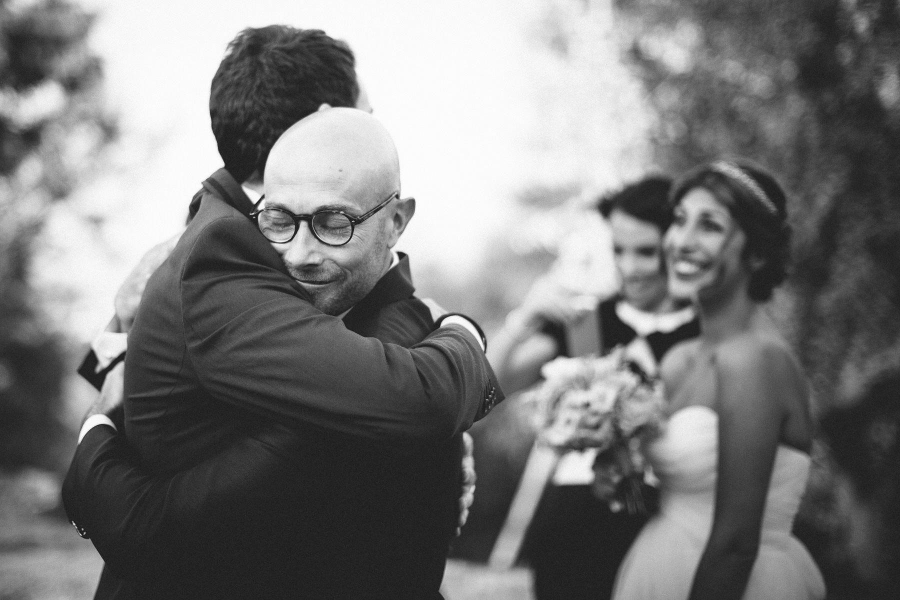 fotografo-matrimonio-monte-gesso-abbracci-francesco-ferrarini