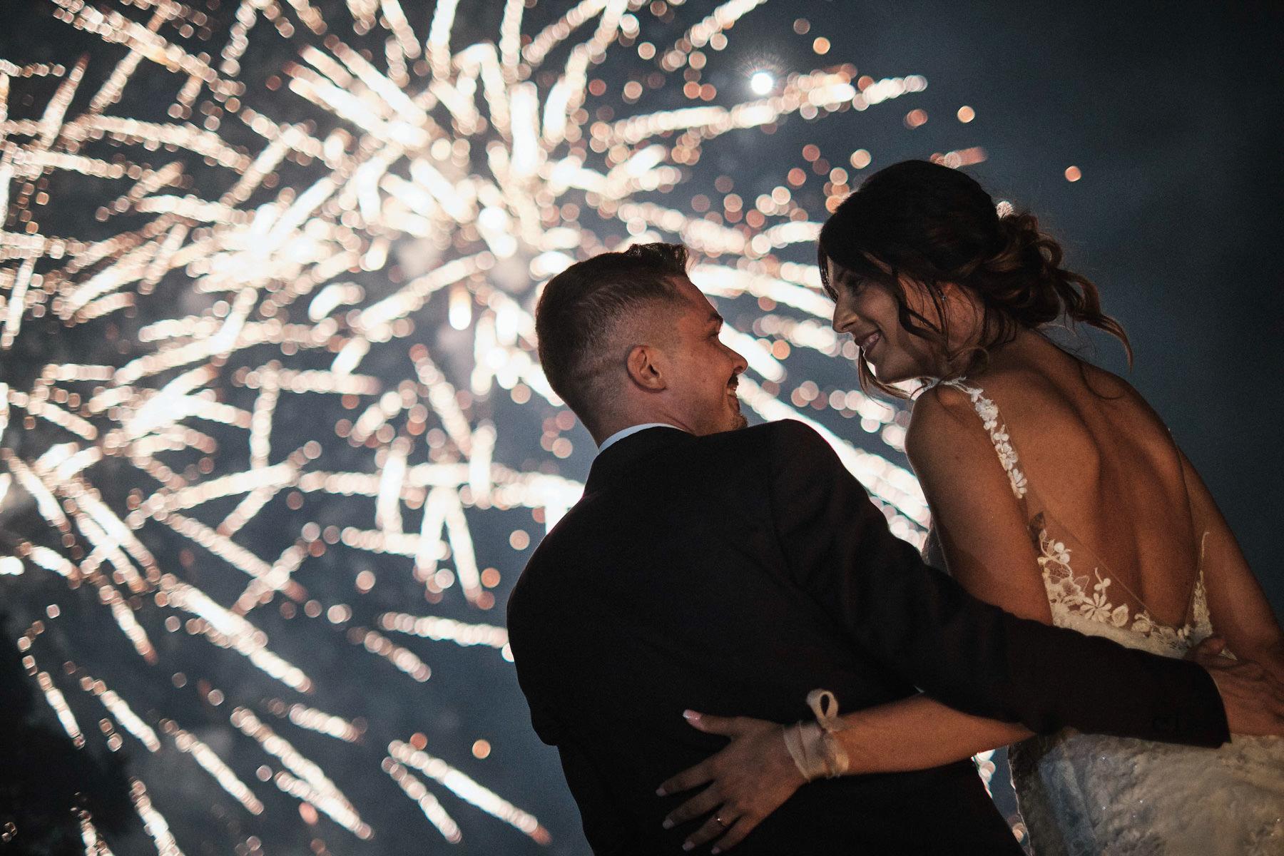 Francesco Ferrarini fotografo di matrimonio a Modena - Taglio torta - corte spalletti